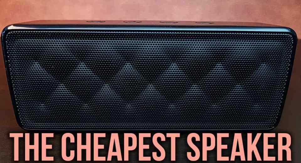 AmazonBasics Portable Speaker BSK30