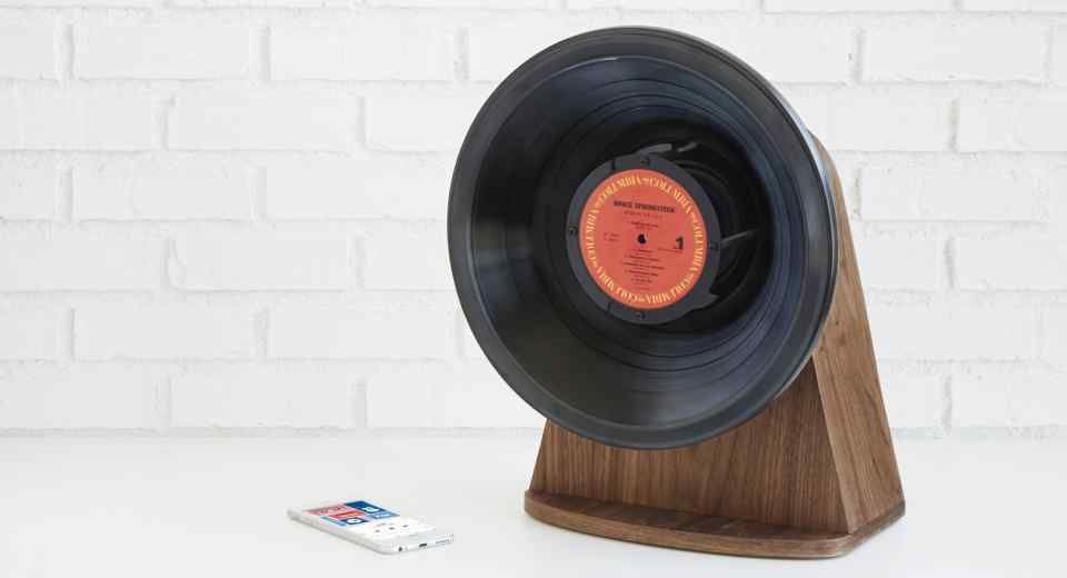 Vintage vinly bluetooth speaker